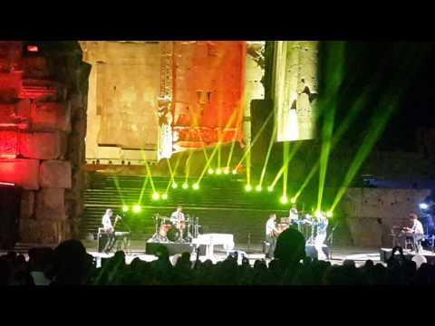 Mika - Elle me dit (1/4) - Live performance Baalbeck Lebanon 04/08/2016