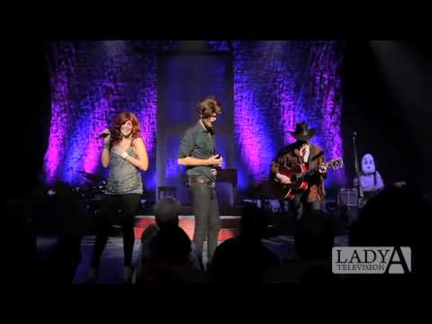 Lady Antebellum - Halloween 2010 - Reba And Brooks & Dunn