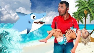 Baby Shark Sing and Dance! | Animal Songs | Songs for Children with Baby Shark and Sharks Family!
