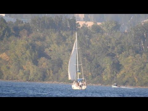 Nikon Coolpix P900 83x Optical Zoom World Record   Beautiful Yacht # 1