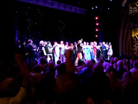 Finale on the Cruise of Irish Stars 2009