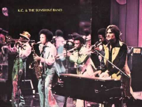 KC & The Sunshine Band / Earth Wind & Fire - Shake Your Booty / Summer / Play That Funky Music / Getaway