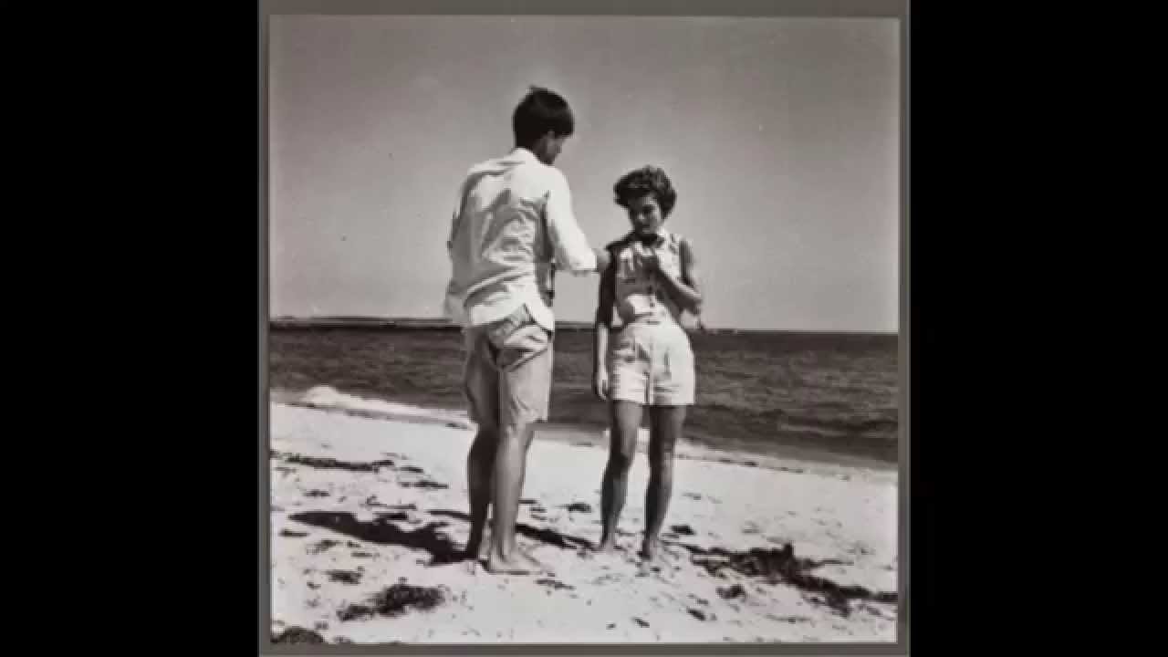 Jackie Kennedy (Sand In My Shoes)