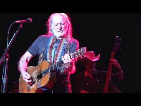 Willie Nelson ~ Angel Flying Too Close To The Ground (Live)
