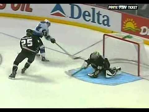 Anže Kopitar's first goal in NHL (against Anaheim Ducks 2006)