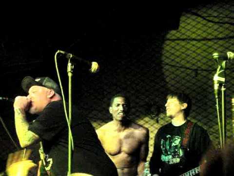 Buck-o-nine - Irish Drinking Song [Boar Cross'n, San Diego - CA - USA, 17/03/2012]