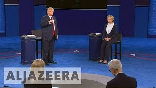 US election 2016: Clinton and Trump exchange blows during second debate