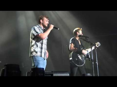 Nickelback - Rockstar (with a fan on stage), Herning, 08/09-2016