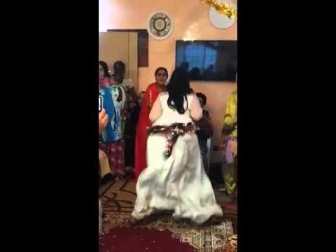 Moroccan woman dancing wooow