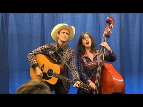 So You Think You Can Busk 2014 – Paula Spurr and Michael Bellwood