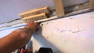 Что делать, если профиль не держится в стене. Натяжные потолки Приори. [Приори](, 2015-08-03T12:09:46.000Z)