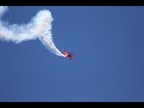 2017 Dayton Airshow (4): WWII Planes and Civilian Performers