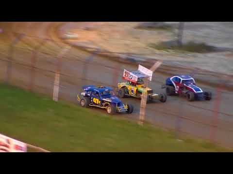 Dog Hollow Speedway - 10/21/17 Vintage Modified Heat Race #1