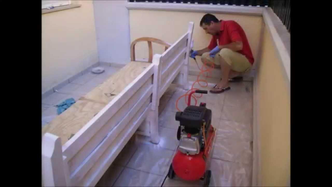 Sofa com materiales reciclados youtube for Terrazas con sofas