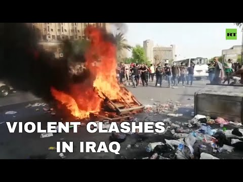 Police & protesters clash in Iraq, as rallies against corruption spread nationwide