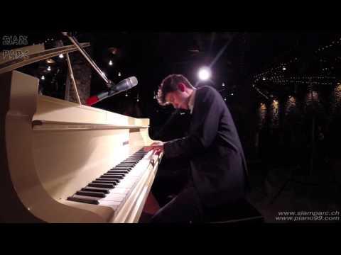 Luca Sestak - Live concert at Siam Parc 1/3