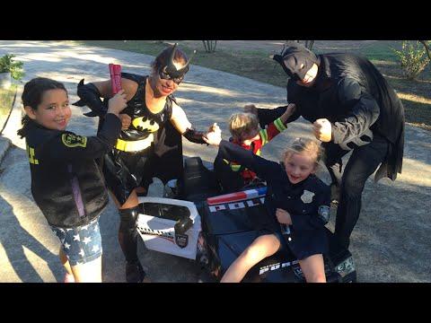 Kid Heroes 12 - The Cop Car, The Fire Engine + Batman, Iron Man, and Batgirl
