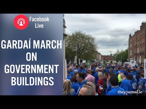 Facebook Live: Gardaí March on Government Buildings