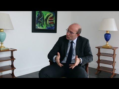 Qu'est-ce qu'un contrat de délégation de service public? Par Olivier Raymundie - Cercle K2