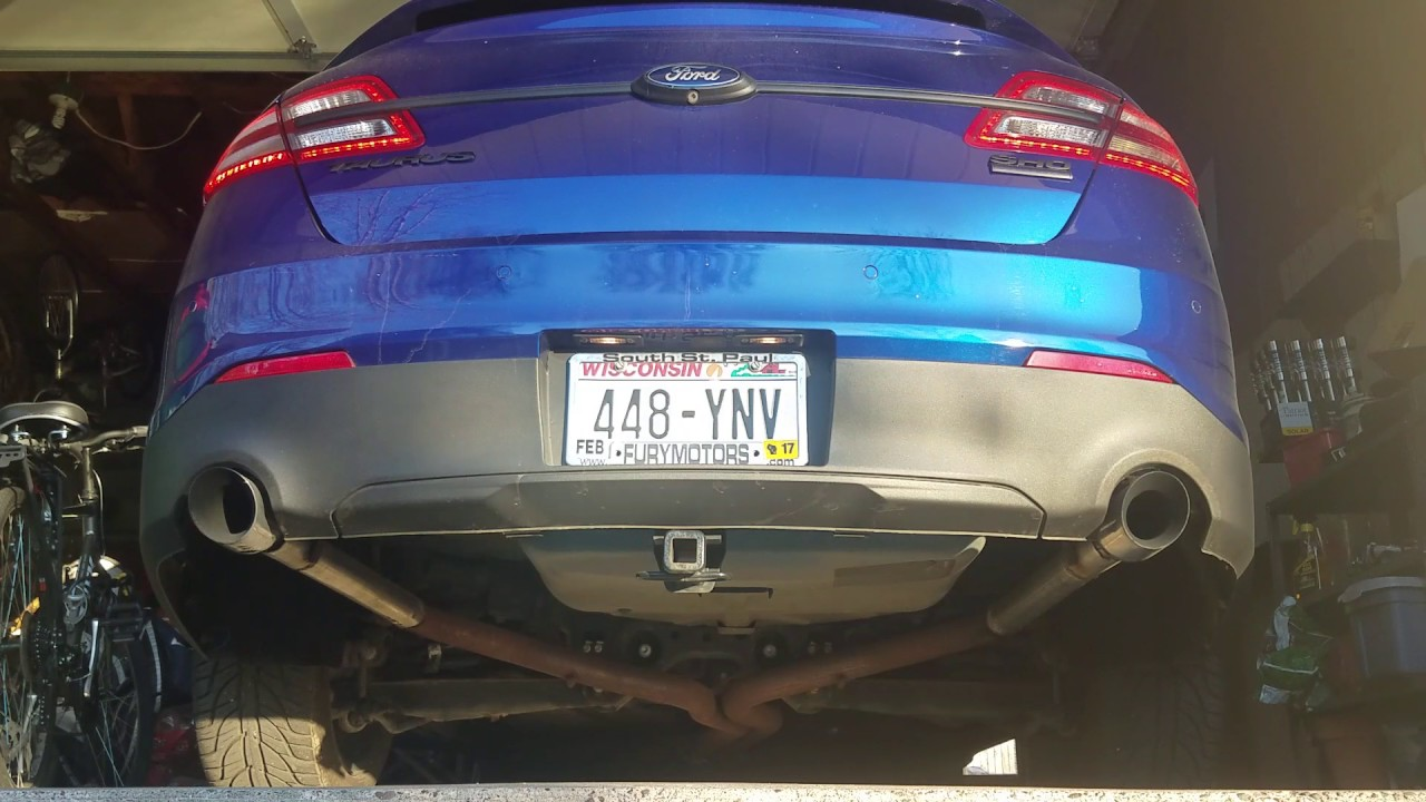 2016 Taurus Sho >> 2013 Ford Taurus SHO muffler delete - YouTube