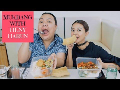 MUKBANG WARTEG ft. Heny Harun | Endi Feng