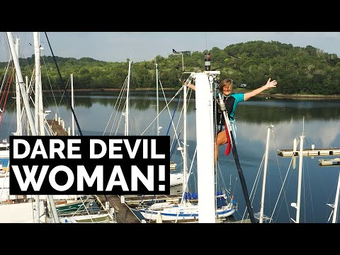Up The Mast. 4m Waves. Tropical Islands. That's Cruising - Sailing Ep 174