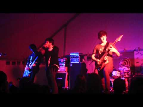 STRUCTURES Transitions live @ SXSW 2011 on Metal Injection