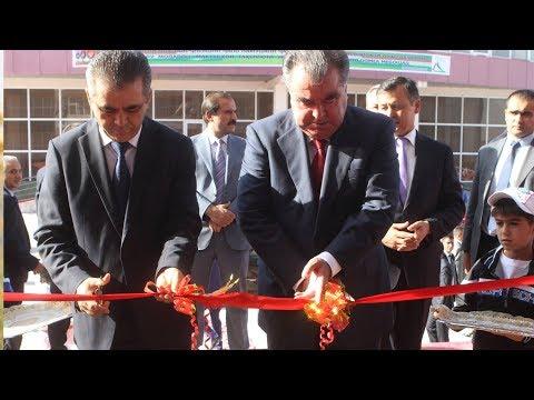 Рахмон открыл здание Государственного сберегательного банка «Амонатбанк»