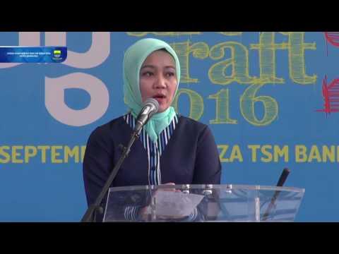 160916 Ketua Dekranasda Kota Bandung Meresmikan acara Pameran Art & Craft II dan Little Bandung Cata
