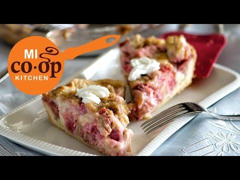 Nanas Sour Cream Rhubarb Pie