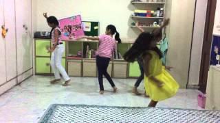 Radha Kaise na Jale Dance RAM movie- Lagaan