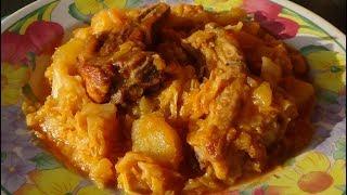 Тушёная картошка с капустой и рёбрышками