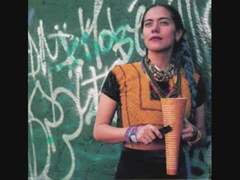 Клип Lila Downs - Alcoba Azul