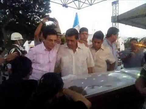 Impacs Imagenes Del Funeral De Diomedes Díaz (Video Para Llorar)