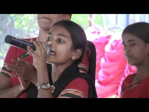 Telangana : Folk Singer sing's a song on Dhoom Dham Program