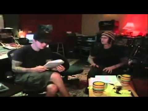 Avenged Sevenfold - Fiction [lyric video]