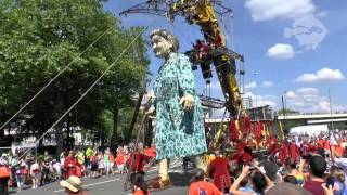 Giants in Liverpool (Royal De Luxe, Liverpool 2014)