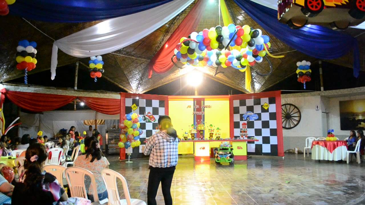 Wakami eventos decoraci n infantil cars youtube - Decoracion de cars para fiestas infantiles ...