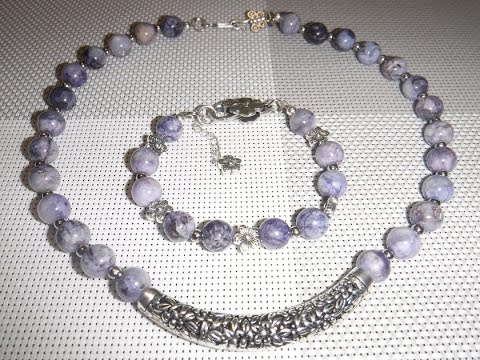 Украшения из натуральных камней. Чароит, тигровый глаз, аквамарин. Jewellery made of natural stones.
