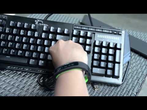 Tinhte.vn - Trên tay phím cơ G.Skill RipJaws KM780 RGB, đèn led đa màu, thiết kế lạ, switch Cherry