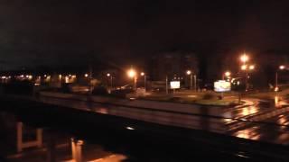 Вид из окна поезда. Выезд из города в ночь. Чистый звук до 6-й минуты