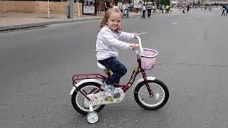 Велосипед для девочки Stels Flyte 14 дюймов с боковыми колесами поддержки Обзор
