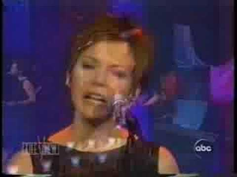 MARTINA MCBRIDE - LOVES THE ONLY HOUSE