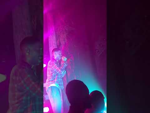 Kid Cudi - Rose Golden (Live at James L Knight Center in Miami on 10/15/2017)