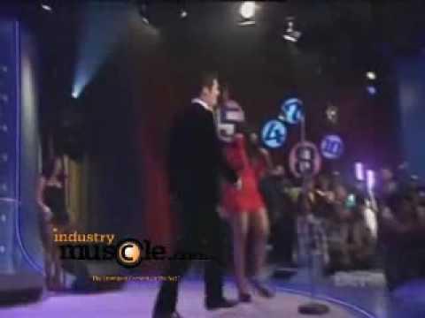 Nicki Minaj performs in skin tight Red Dress