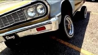 Victoria Texas Low Impression School Drive Car Show