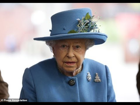 Paradise Papers - Queen´s private estate `invested millions in offshore haven´