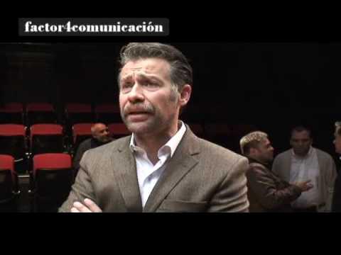 El actor Juan Manuel Bernal habla sobre su pasión por el teatro. prt-1