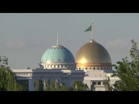 City-Tour durch Asgabat / Turkmenistan