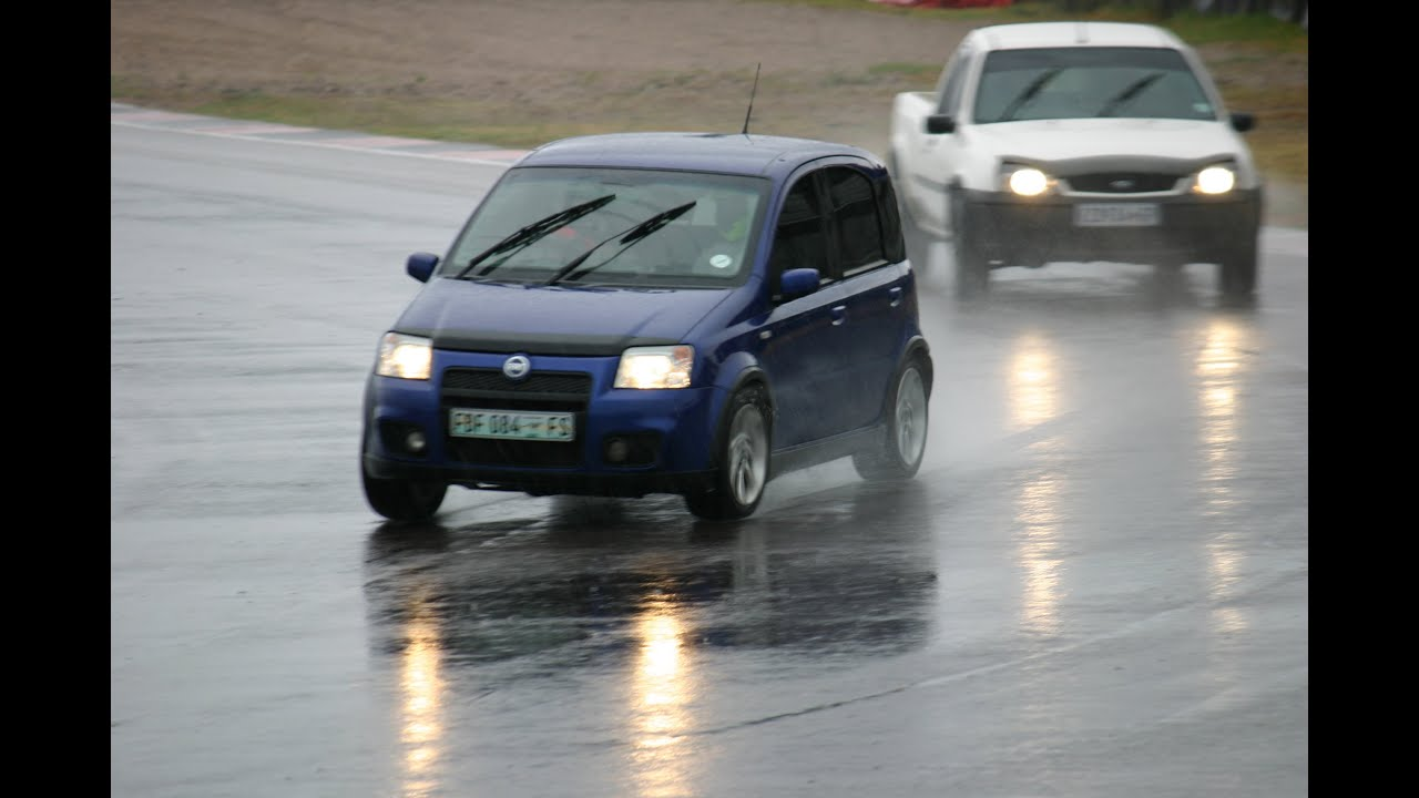 fiat panda 100hp zwartkops rainy track day youtube. Black Bedroom Furniture Sets. Home Design Ideas